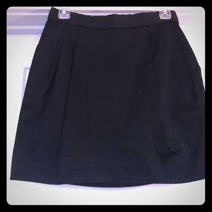 H&M Black pleated skirt